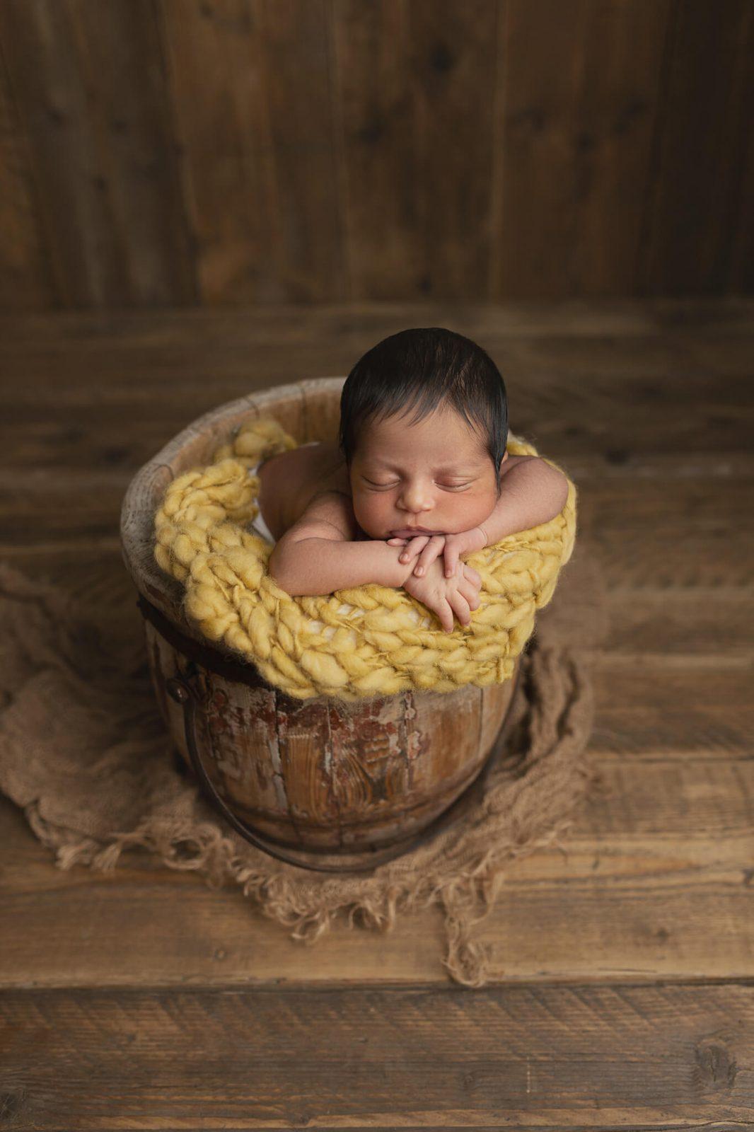 newborn session Hornchurch